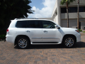 Classificados Grátis - selling: My 2013 Lexus lx 570 white colour